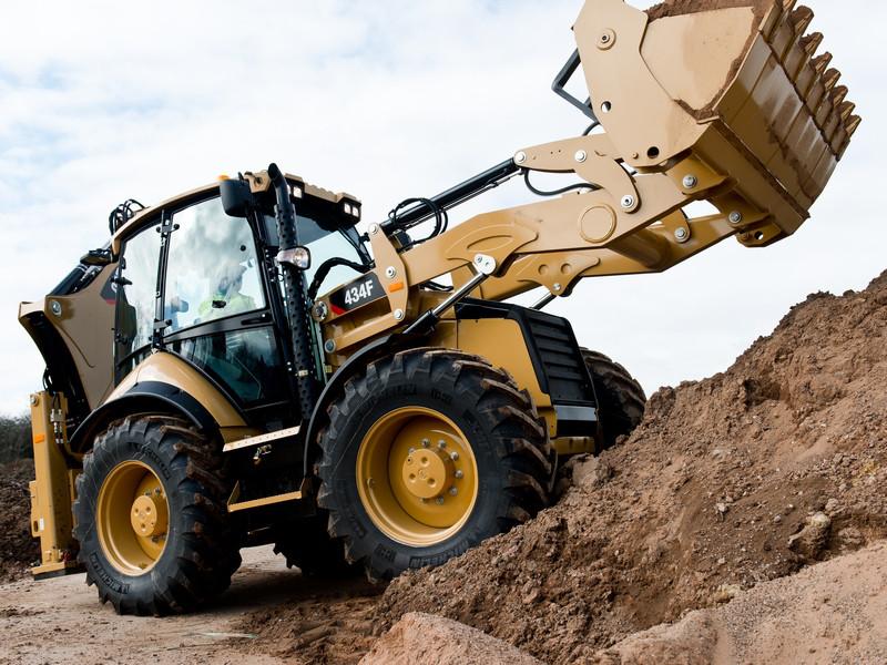 Inchiriere buldoexcavator
